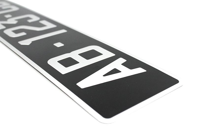 Plaque collection alu noire 520x110